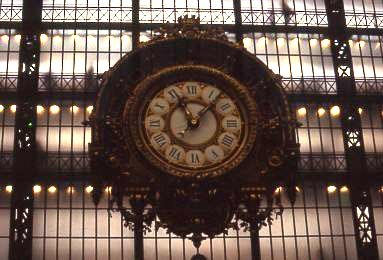 Clock inside the Museé d'Orsay