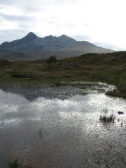 Skye in Focus - tarn